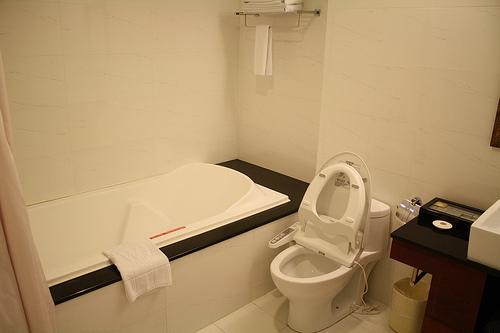 台湾でオススメのホテル。微風商旅は風呂の写真